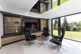 extension maison contemporaine agrandissement maison bois 56 enfin avec la pelouse tondue maison