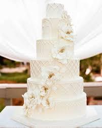 wedding cake white cake with sugar flowers amazing wedding cakes