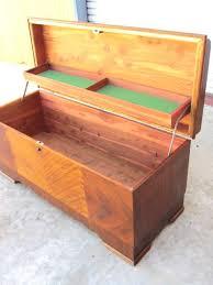 Cedar Bedroom Furniture Design Deco Cedar Chest Blanket Chest Trunk Antique