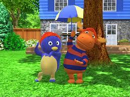 Backyard Song Follow The Feather Song The Backyardigans Wiki Fandom Backyard Ideas