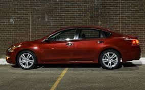 nissan altima coupe 3 5 se 2013 nissan altima 3 5 sl four seasons update january 2013
