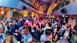where to party for new years new years 2018 events where to stay best places