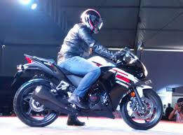 honda cbr r150 honda launches 5 bikes in india u2013 cbr 650f cbr 150r u0026 250r cb