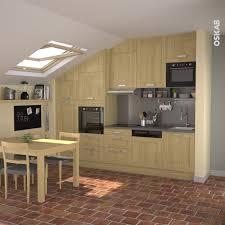 cuisine sous escalier cuisine sous escalier luxe cuisine bois verni rustique mod le