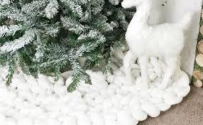 48 white chunky knit tree skirt