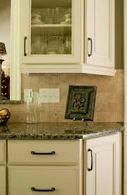 Light Rail Cabinet Molding - Kitchen cabinet rails