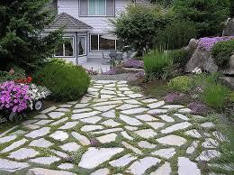 vialetti in ghiaia giardini viali e vialetti 8 tipologie di materiali per