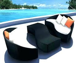 canape d exterieur design canapé d extérieur pas cher ensemble meuble de jardin materiaux
