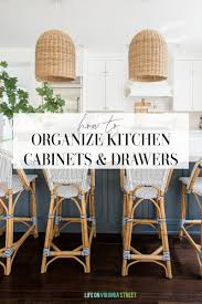 how to organize kitchen cabinets how to organize kitchen cabinets and drawers on