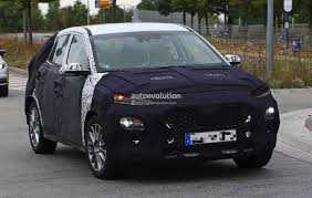 hyundai crossover hyundai subcompact crossover spied will take on the nissan juke