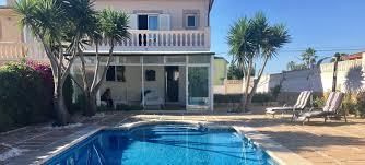 Wohnung Haus Kaufen Doppelhaushälfte Bahia Blava Mit Pool Wintergarten Und Gerätehaus