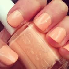 pale nails ciao beautiful