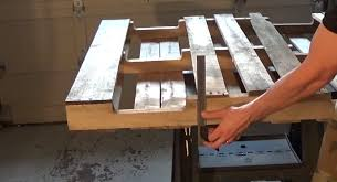 this guy transformed this old pallet into is beautifully brilliant