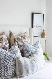 Bedroom Arrangement Tips Best 25 Pillow Arrangement Ideas On Pinterest Bed Pillow