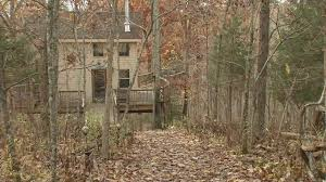 kentucky company offers stays in airbnb tree houses wdrb 41