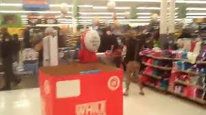 walmart com thanksgiving day sale hectic walmart 6p m thanksgiving day sale youtube