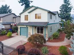 Ron Russell Roofing by 10345 Se Long St Portland Or 97266 Mls 17168268 Redfin