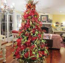 spelndid christmas tree decorating ideas with mesh ribbon