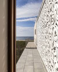 hamptons beach house by aamodt plumb architects