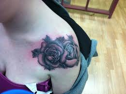 pretty rose tattoos on shoulder real photo pictures images and