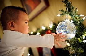 Baby S First Christmas Decorating Ideas by First Christmas With Baby U2013 Sweet Gifts Decorations And Cobble
