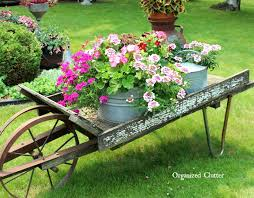 Retro Patio Table by 34 Best Vintage Garden Decor Ideas And Designs For 2017