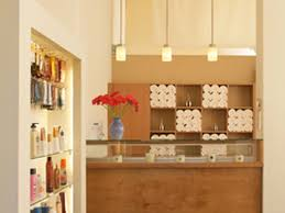 Discount Furniture Los Angeles Ca La U0027s Best Spray Tan Salons For Getting A Perfect Sunless Glow