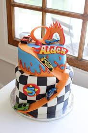 hot wheels cake hot wheels cake hotwheels carcake racecarcake