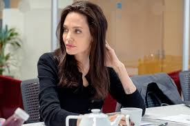 angelina jolie is not moving to london sources
