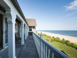 bill and hillary clinton u0027s east hampton rental on the market for