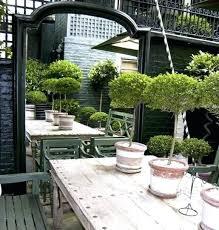 english garden bedroom ideas using mirrors in the garden garden