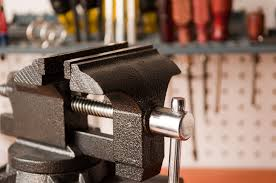 Install Bench Vise How To Install And Mount A Vise Without Drilling Holes In Your