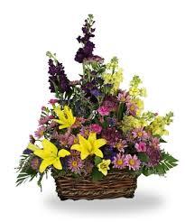 sympathy basket ideas flowerwyz sympathy flowers sympathy baskets condolence flowers