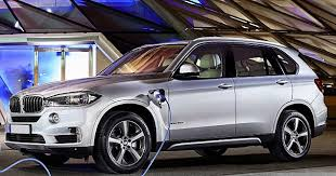 bmw x5 electric car green bmw x5 xdrive40e can be recharged at home and switches