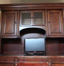 thomasville fredericksburg mahogany credenza desk with hutch ebth