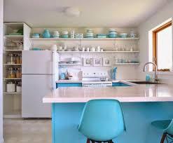 cuisine bleu turquoise cuisine blanche mur bleu turquoise holidays lagrasse com