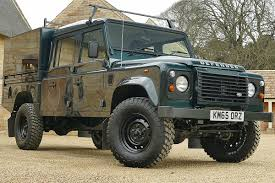 land rover 110 overland defender 130 camelbac with storage drawers