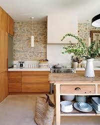 wandgestaltung k che bilder 50 moderne landhausküchen küchenplanung und rustikale küchenmöbel