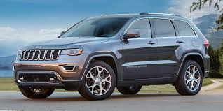 blue jeep grand cherokee 2018 jeep grand cherokee vehicles on display chicago auto show