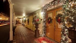 experience small town tennessee charm during this holiday season