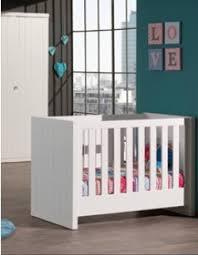 chambre bébé laqué blanc beau choix de mobilier chambre bébé de haute qualité