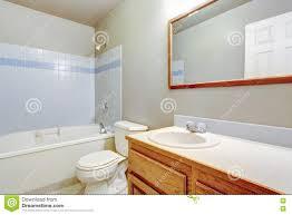 bathroom tile trim ideas 17 best bathroom ideas images on