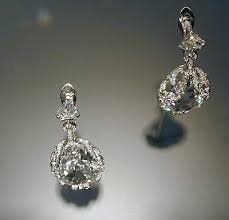 antoinette earrings diamonds