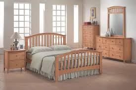Solid Maple Bedroom Set Maple Bedroom Set Home Bedrooms Modern Maple Finish Bedroom Set