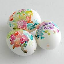 blown easter eggs paint flowers on blown eggs with watercolor paints to create