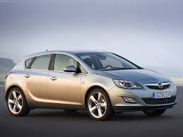 opel 2014 models 2014 opel insignia hatch u2013 pictures information and specs auto