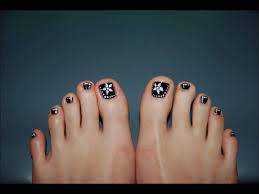 black and white toe nail art design youtube black and white toe