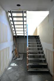 Stainless Steel Stairs Design Saveemail Modern Steel Stairs Modern Stainless Steel Staircase
