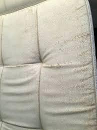 reparation canapé cuir reparer canape simili cuir jai un canapac en similicuir qui