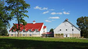 100 affordable barn homes eight nifty tricks to save money